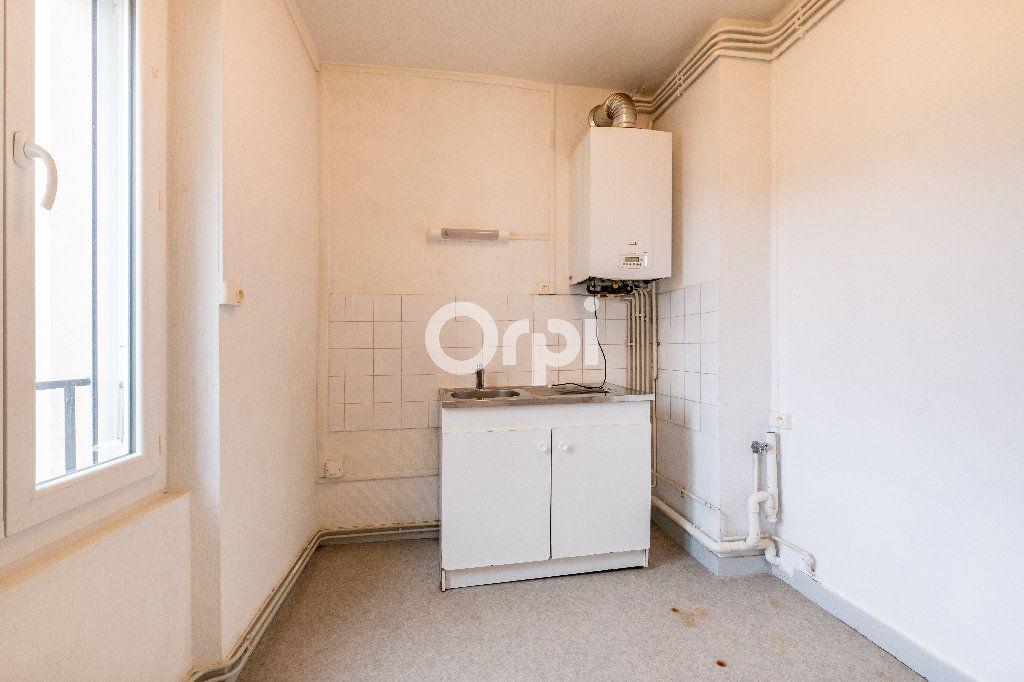 Appartement à louer 2 35m2 à Limoges vignette-6