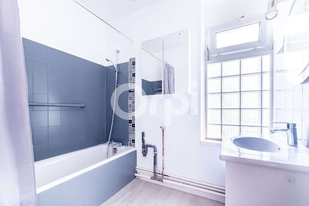 Appartement à louer 4 87m2 à Limoges vignette-8
