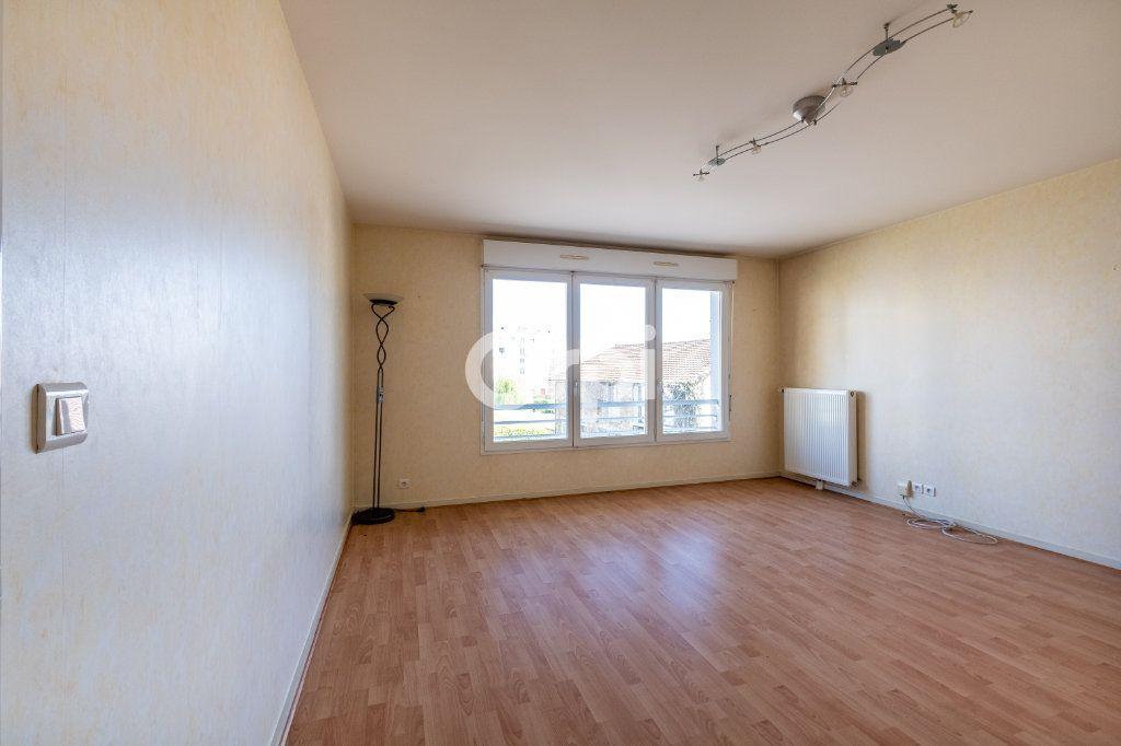 Appartement à vendre 3 70m2 à Limoges vignette-3