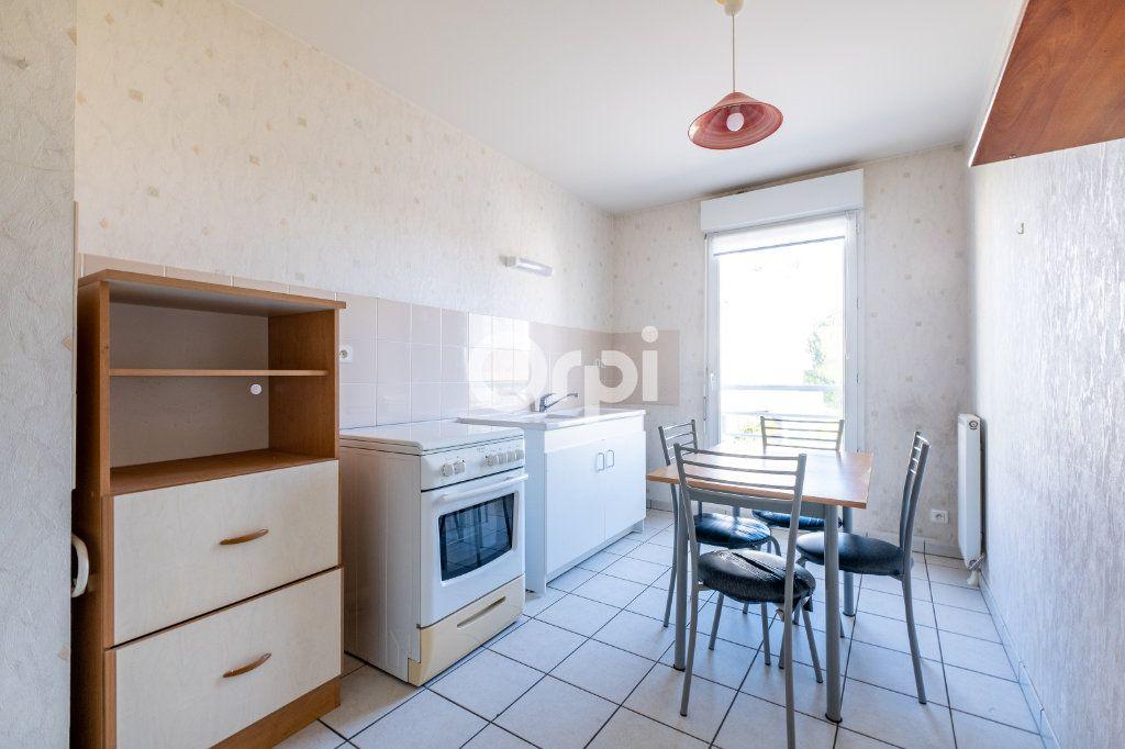 Appartement à vendre 3 70m2 à Limoges vignette-6