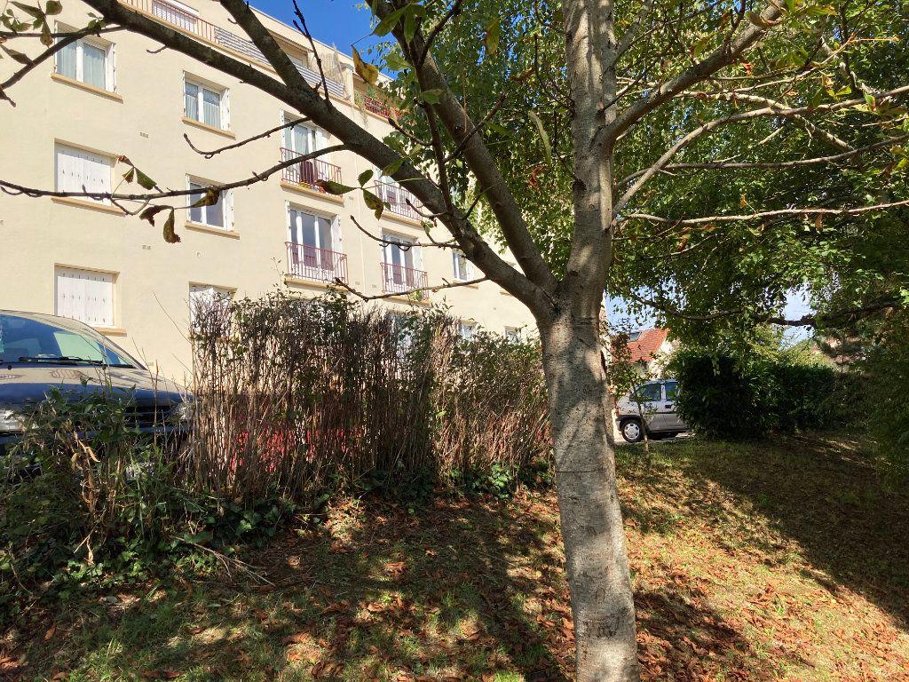 Appartement à louer 1 28.93m2 à Limoges vignette-6