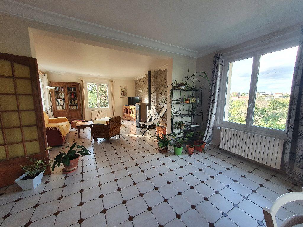 Maison à vendre 10 280m2 à Aixe-sur-Vienne vignette-3