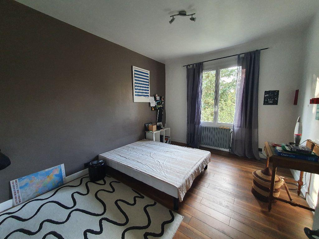 Maison à vendre 10 280m2 à Aixe-sur-Vienne vignette-4