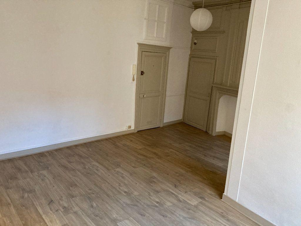 Appartement à louer 1 28.94m2 à Limoges vignette-4