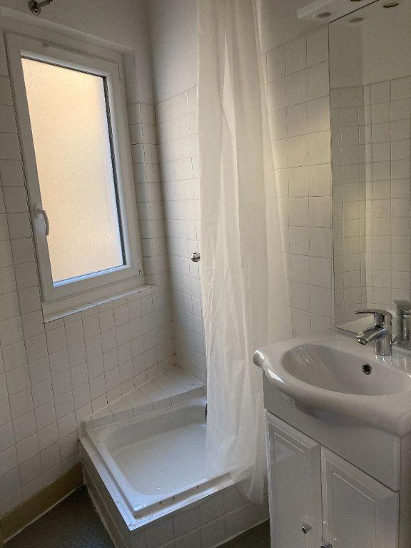 Appartement à louer 1 28.94m2 à Limoges vignette-8