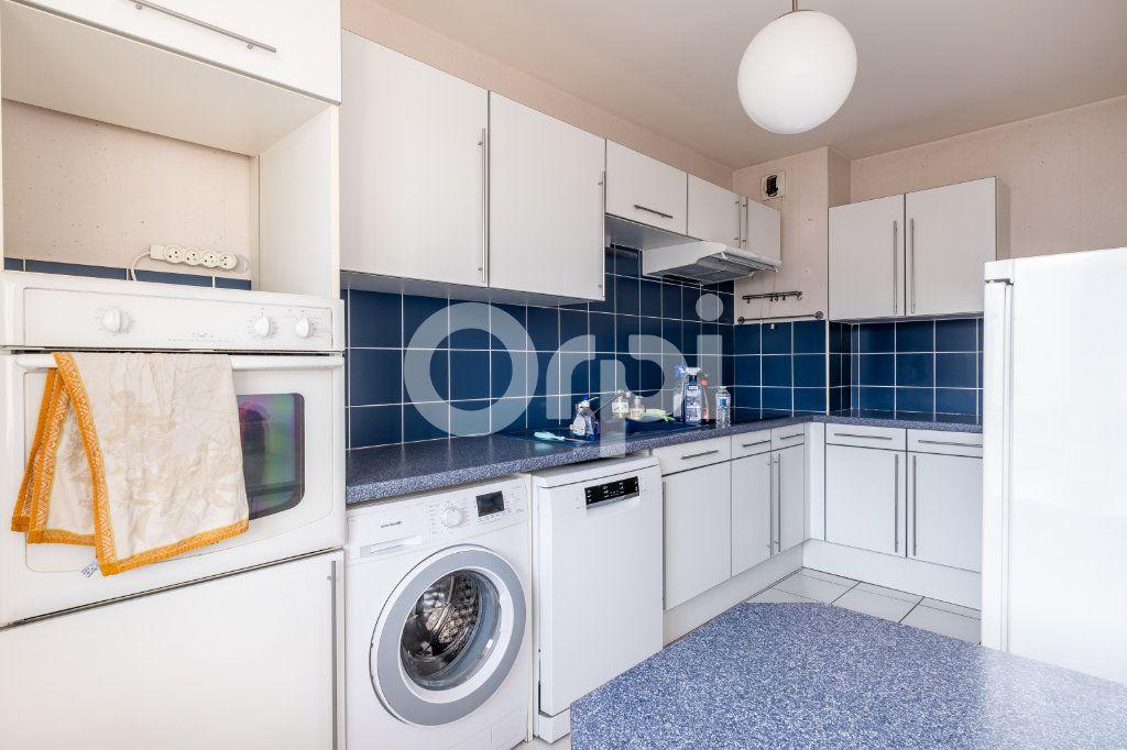 Appartement à vendre 6 128.84m2 à Limoges vignette-2