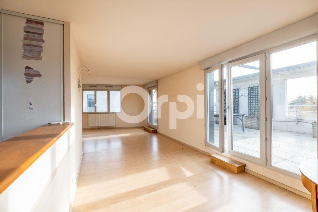 Appartement à vendre 6 128.84m2 à Limoges vignette-5