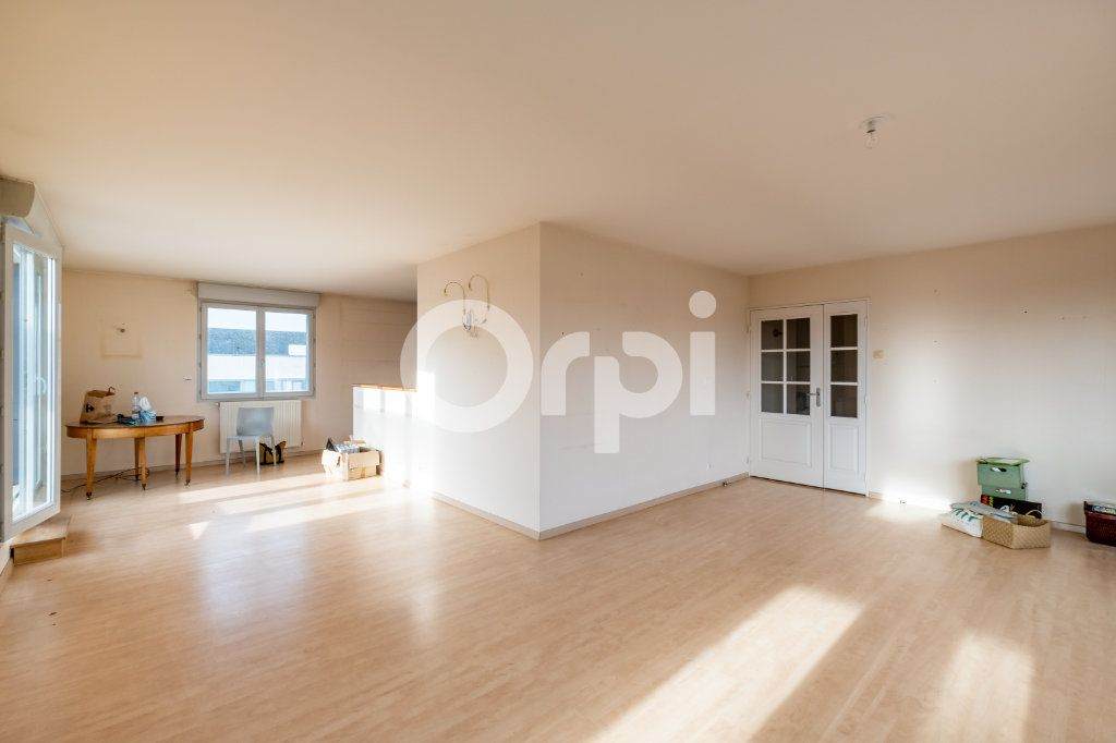 Appartement à vendre 6 128.84m2 à Limoges vignette-6