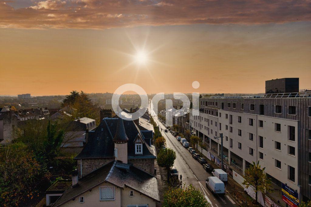 Appartement à vendre 6 128.84m2 à Limoges vignette-8