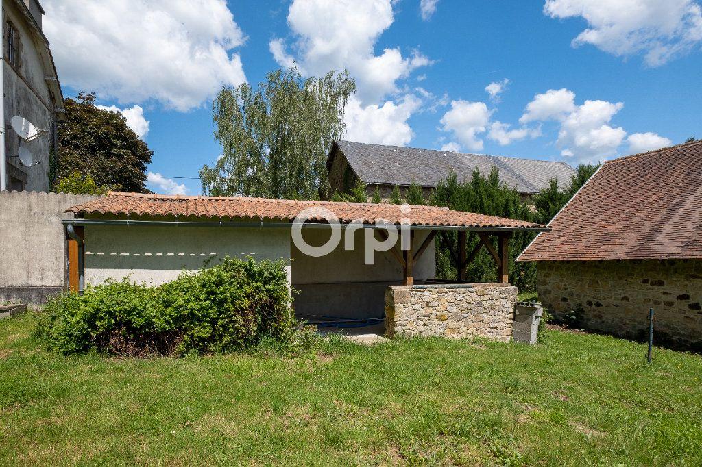 Maison à vendre 8 150m2 à Saint-Yrieix-la-Perche vignette-6