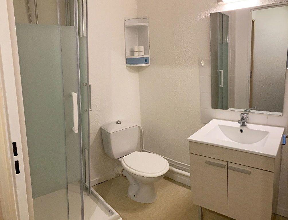 Appartement à louer 1 28.58m2 à Limoges vignette-6