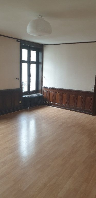 Appartement à louer 4 117.97m2 à Limoges vignette-4