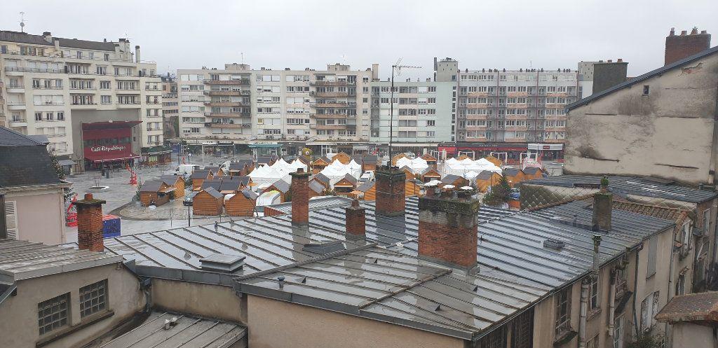Appartement à louer 4 117.97m2 à Limoges vignette-10