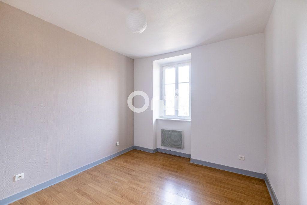 Appartement à louer 2 34m2 à Aixe-sur-Vienne vignette-2