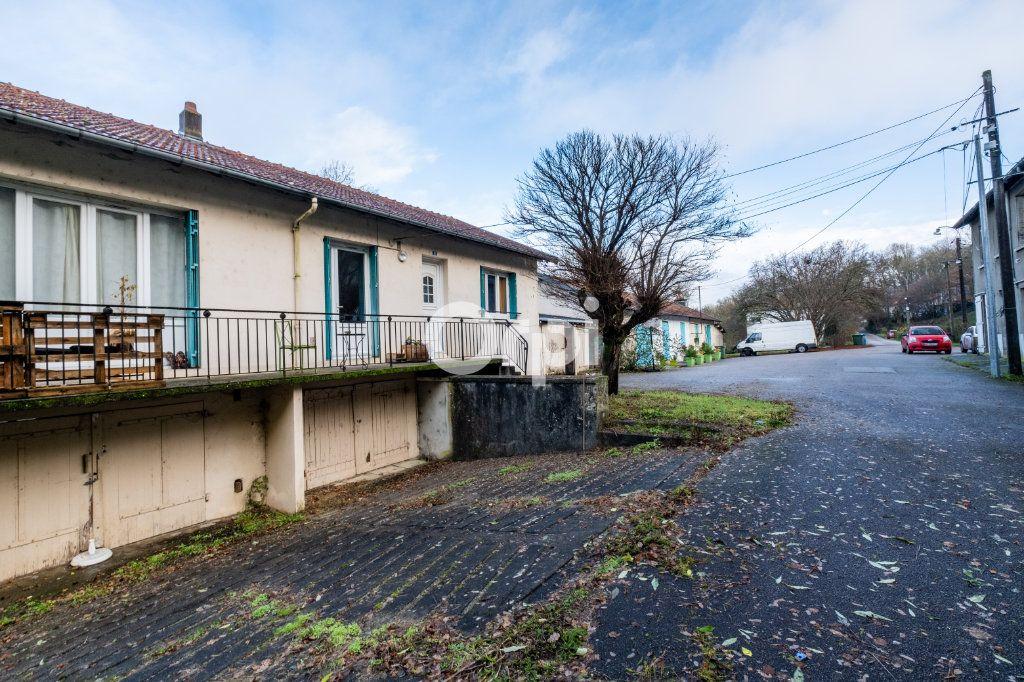 Immeuble à vendre 0 600m2 à Limoges vignette-3