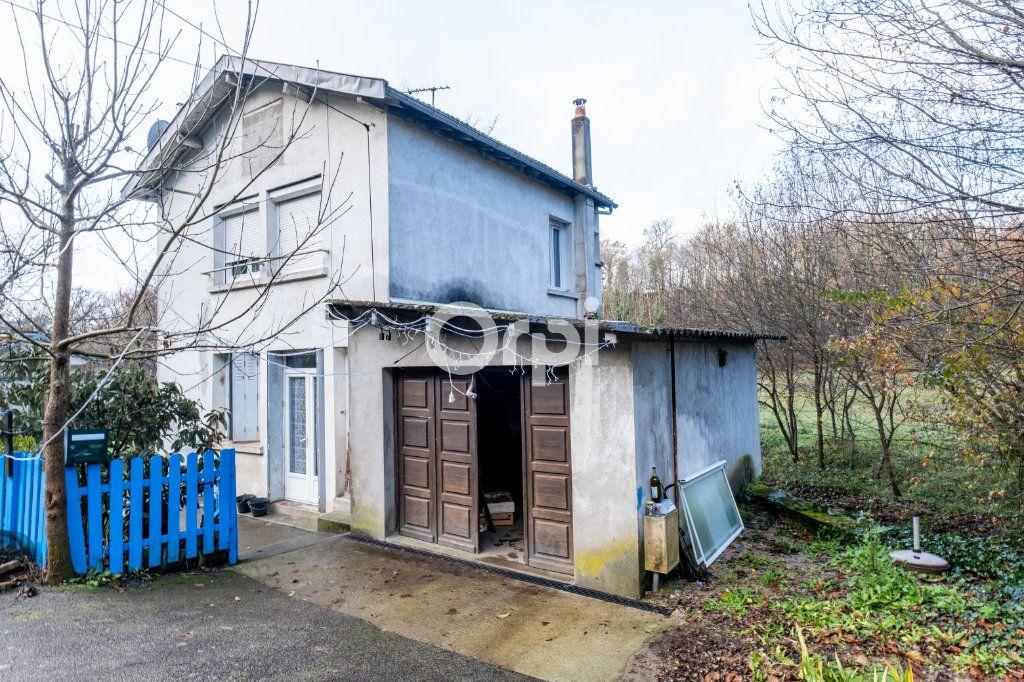 Immeuble à vendre 0 600m2 à Limoges vignette-9
