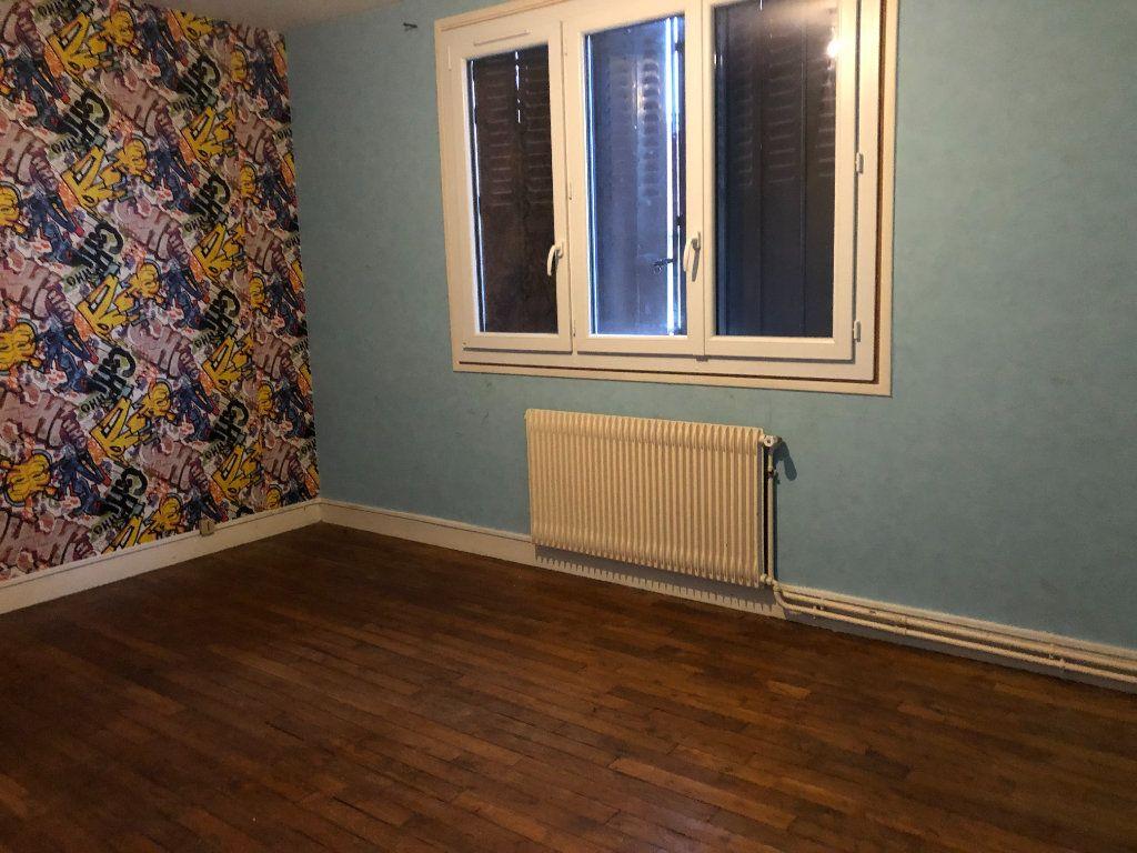 Maison à vendre 5 111m2 à Limoges vignette-3
