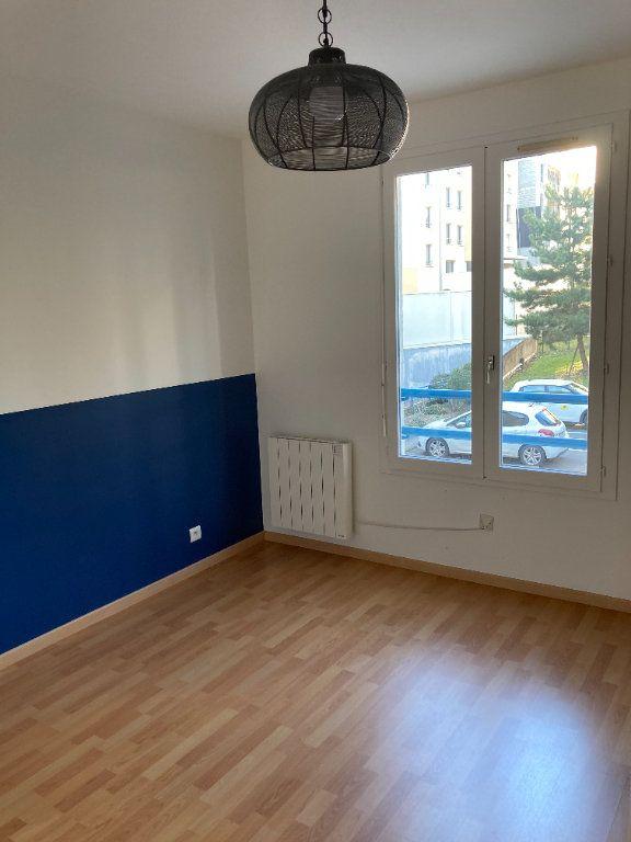 Appartement à louer 2 48.07m2 à Limoges vignette-5