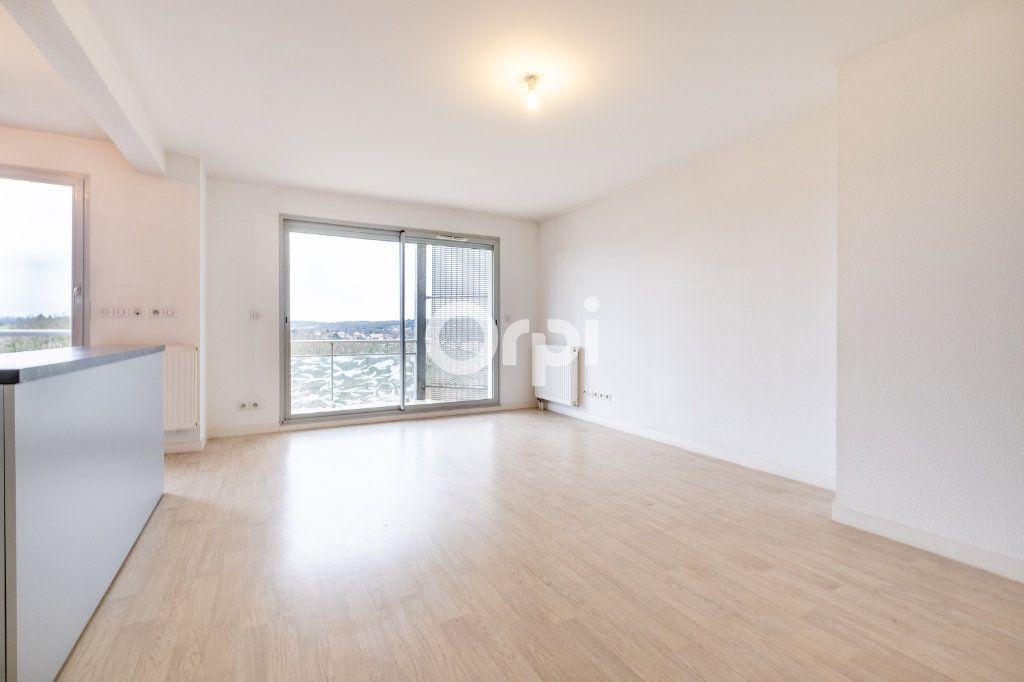 Appartement à louer 4 77.39m2 à Isle vignette-4