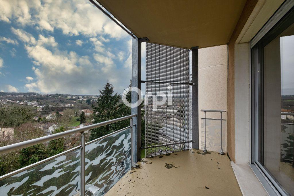 Appartement à louer 4 77.39m2 à Isle vignette-10