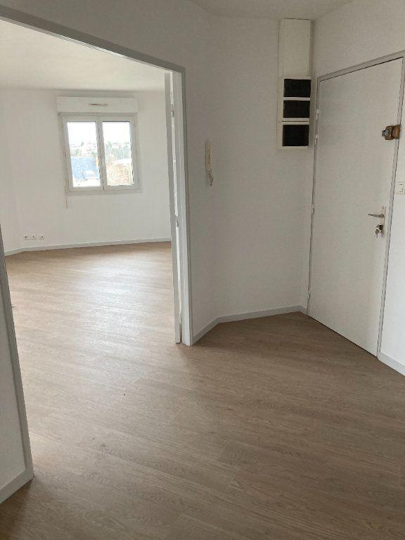 Appartement à louer 4 85.8m2 à Limoges vignette-2