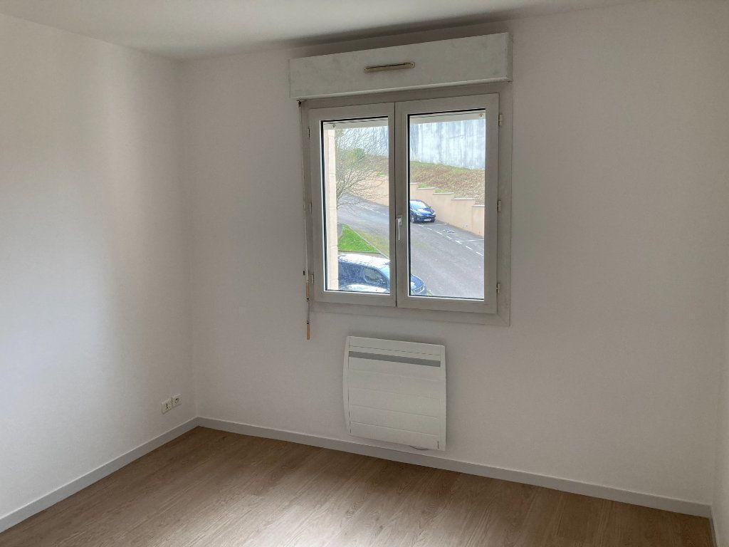 Appartement à louer 4 85.8m2 à Limoges vignette-6