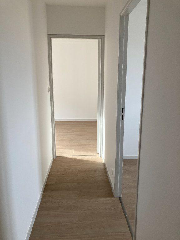 Appartement à louer 4 85.8m2 à Limoges vignette-8