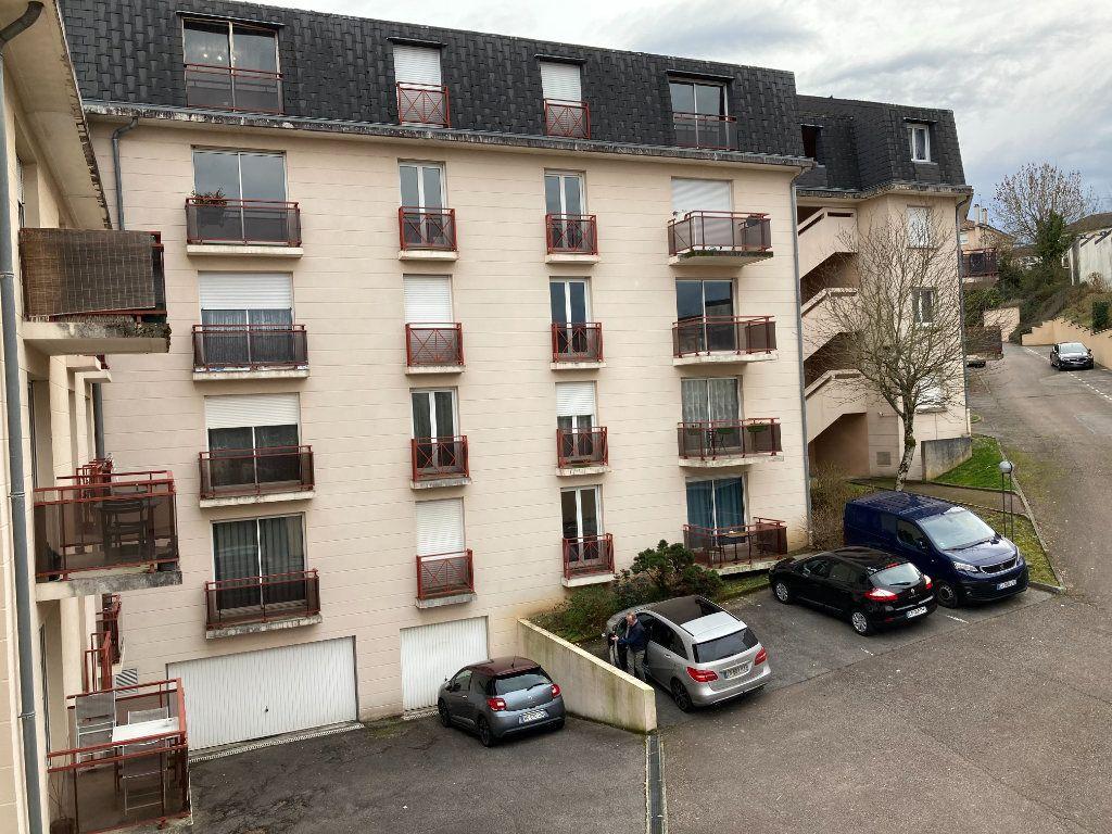 Appartement à louer 4 85.8m2 à Limoges vignette-11