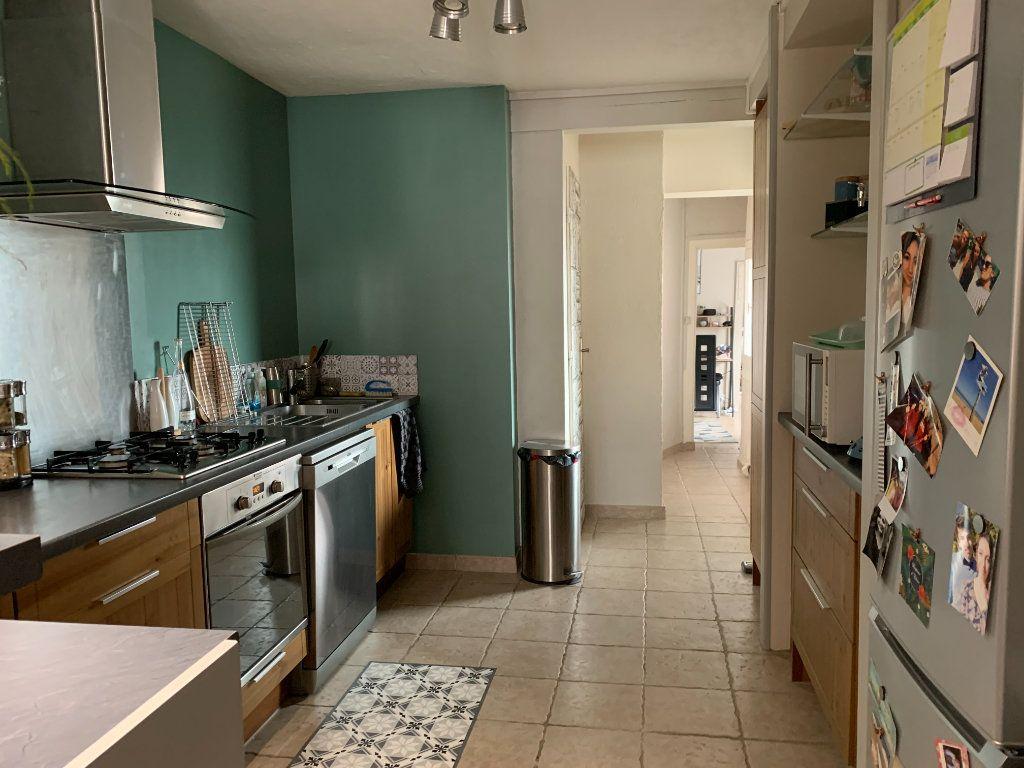 Appartement à louer 3 58.75m2 à Limoges vignette-2