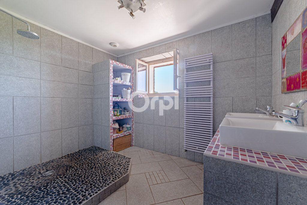 Maison à vendre 9 220.4m2 à Saint-Laurent-sur-Gorre vignette-4