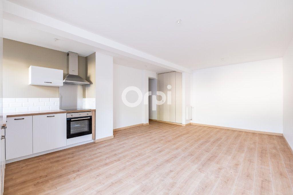 Appartement à vendre 2 56m2 à Limoges vignette-2