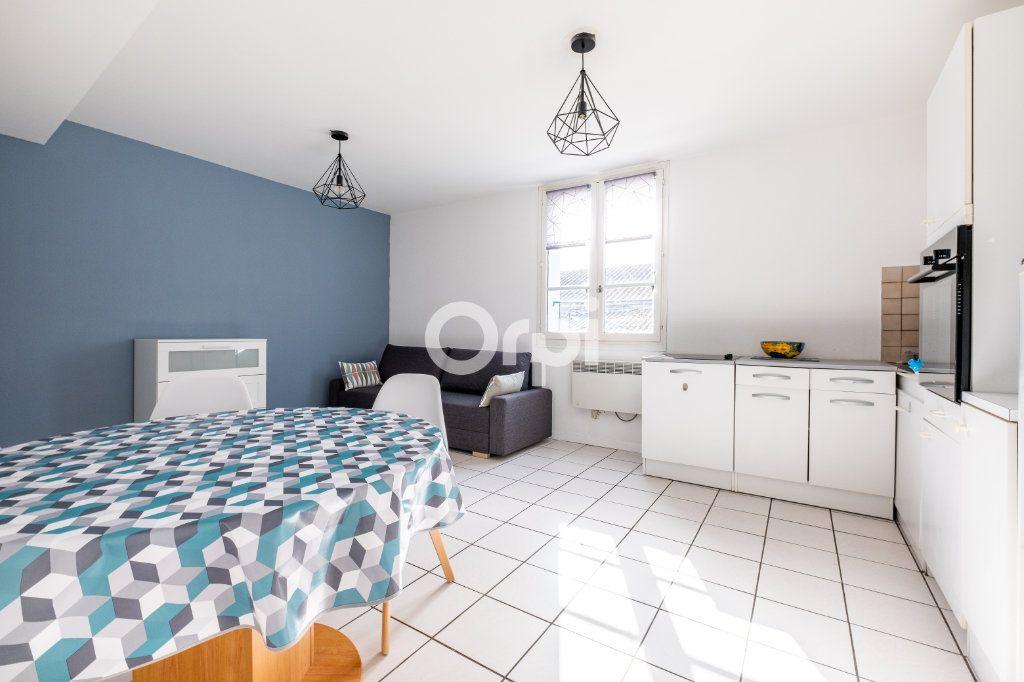 Appartement à louer 2 44m2 à Limoges vignette-4