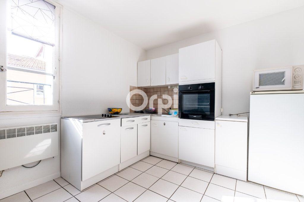 Appartement à louer 2 44m2 à Limoges vignette-5