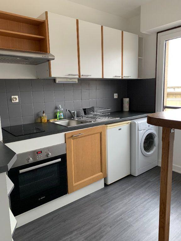 Appartement à louer 1 33.3m2 à Limoges vignette-1