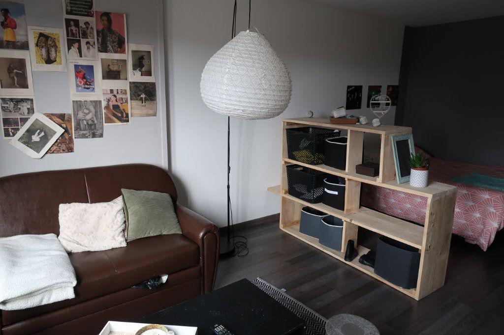 Appartement à louer 1 33.3m2 à Limoges vignette-4