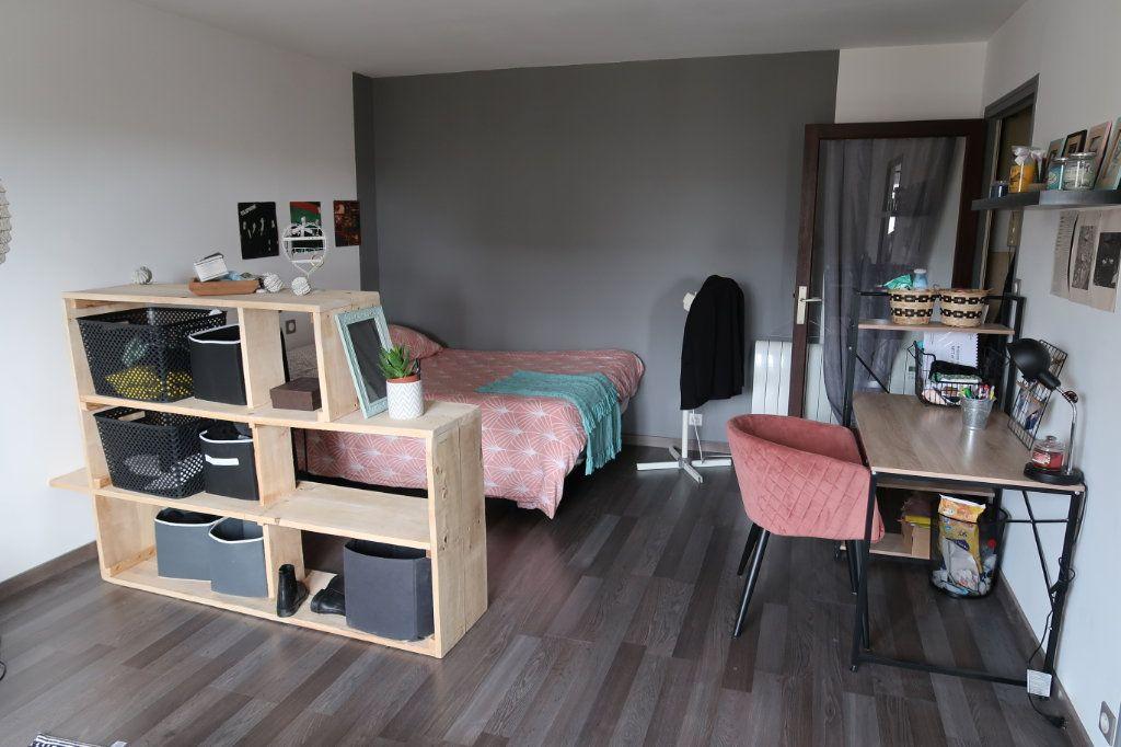 Appartement à louer 1 33.3m2 à Limoges vignette-5