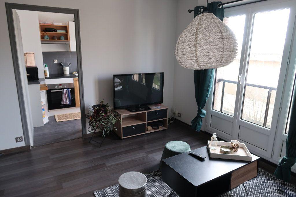 Appartement à louer 1 33.3m2 à Limoges vignette-6