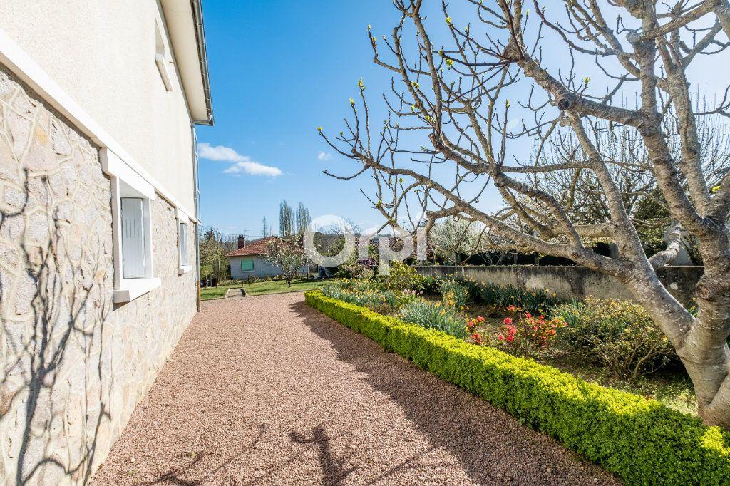 Maison à vendre 5 102m2 à Aixe-sur-Vienne vignette-5