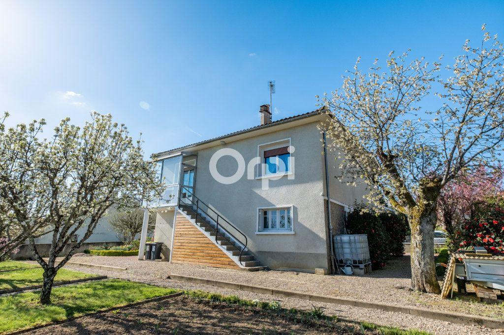 Maison à vendre 5 102m2 à Aixe-sur-Vienne vignette-6