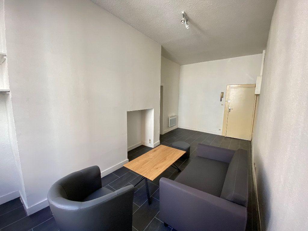 Appartement à louer 2 36.64m2 à Limoges vignette-3