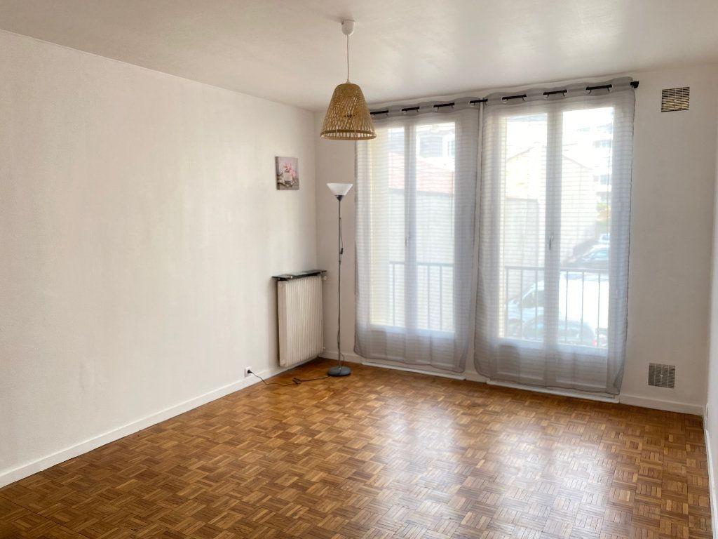 Appartement à louer 2 40m2 à Limoges vignette-1