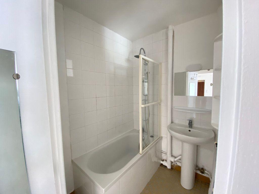 Appartement à louer 2 40m2 à Limoges vignette-5