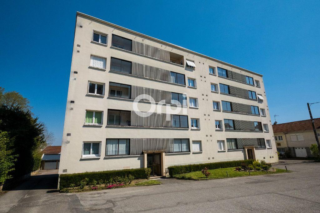 Appartement à louer 3 57.05m2 à Limoges vignette-11