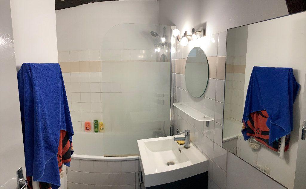 Appartement à louer 3 28m2 à Limoges vignette-6