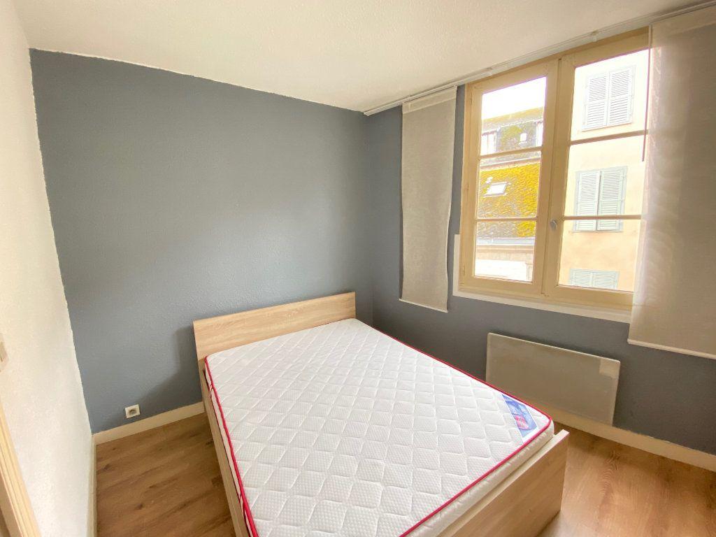 Appartement à louer 1 20m2 à Limoges vignette-5