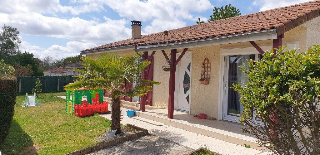 Maison à vendre 5 106m2 à Saint-Martin-le-Vieux vignette-1