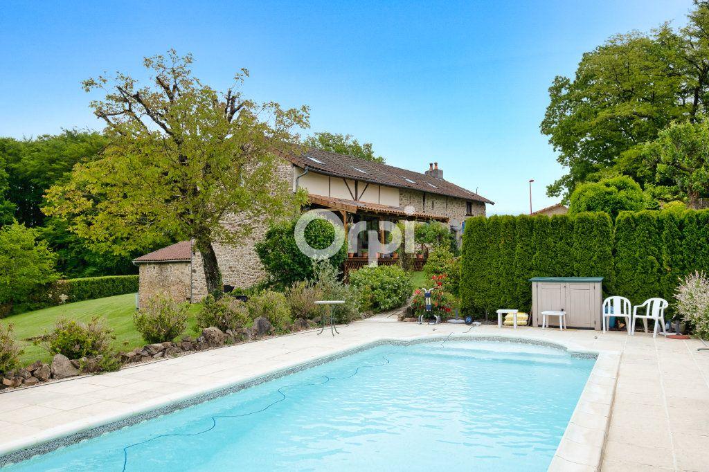 Maison à vendre 7 170m2 à Bussière-Galant vignette-1