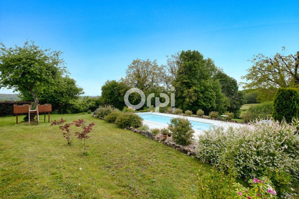 Maison à vendre 7 170m2 à Bussière-Galant vignette-3