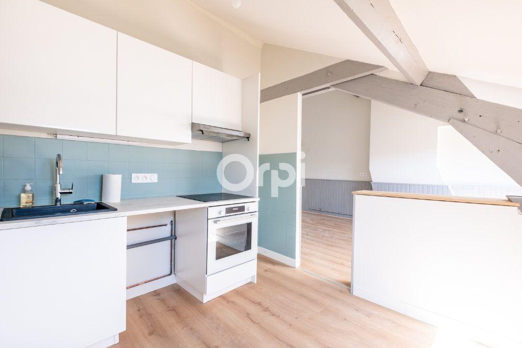 Appartement à louer 2 54.91m2 à Limoges vignette-2