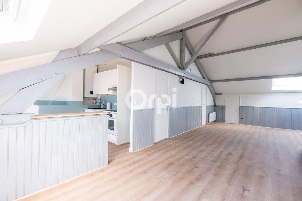 Appartement à louer 2 54.91m2 à Limoges vignette-6